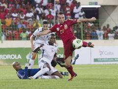 视频集锦-阿隆索伤退离场 赤道几内亚1-2西班牙