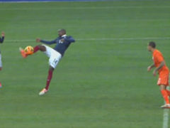 进球视频-法国反击行云流水 铁腰旋身垫射破门