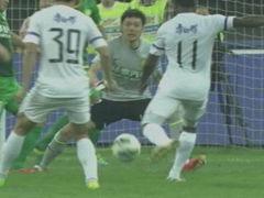 进球视频-天津禁区3连击 瓦伦西亚门前补射破城