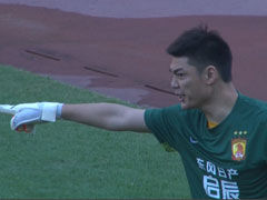 视频-蒿俊闵怒射吓坏曾诚 黄健翔:神仙球快来了