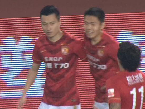 进球视频-张琳�M斜传禁区 郜林头槌砸地破门