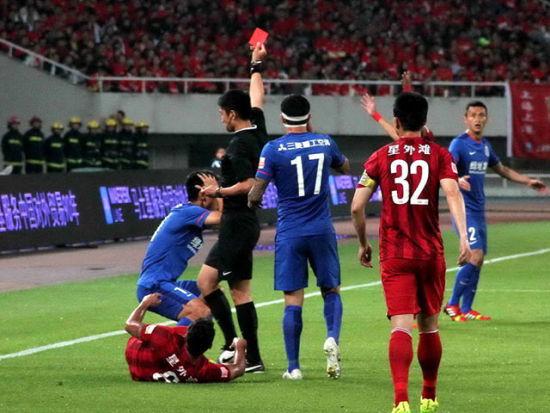 视频集锦-孔卡首球武磊建功惊现3红 上港5-0申花
