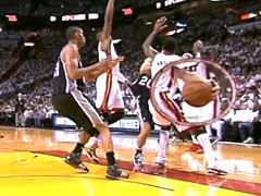 NBA视频-21日官方最佳助攻 马努鬼手妙递隔山有眼