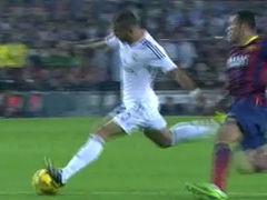 进球视频-C罗补时反击送妙传 赫塞爆射扳回一球