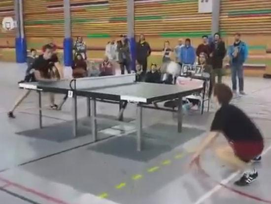 2015年中国乒乓球超级联赛健美陈少华图片