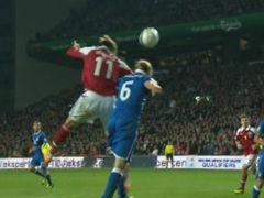 进球视频-本特纳力压对手头槌破门 丹麦扳平比分