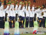 男子足球日本队夺冠
