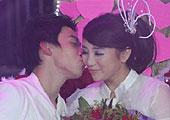 奥运冠军邹凯向女友求婚
