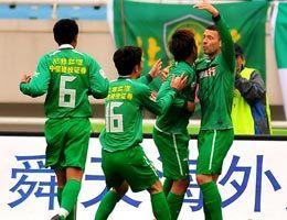王长庆乔尔2分钟内两连击北京客场2-0江苏开门红