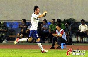 中超-王永珀吕征梅开二度鲁能主场4-0大胜国安