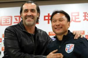绿地宣布巴蒂斯塔回归重任球队主帅沈祥福换岗