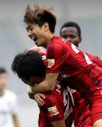 中超-王佳玉回归首球颜骏凌屡演神扑上港1-0亚泰