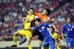 图文-[中超]上海申花2-0陕西宝荣 王大雷重拳出击