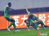 北京球员兴奋异常