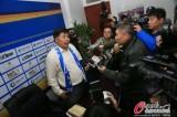 徐弘接收媒体采访