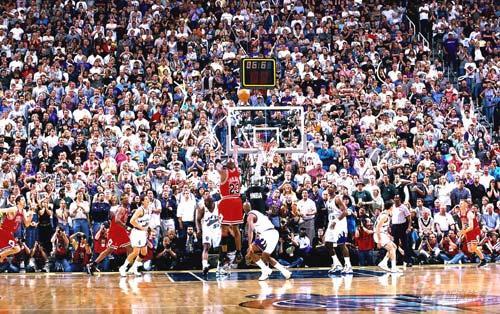 NBA老照片-乔丹98年制胜一投公牛王朝最后的光芒