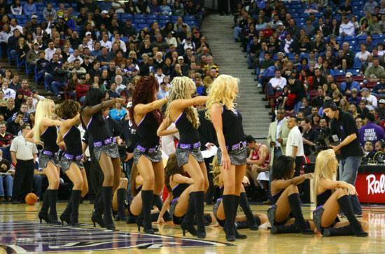 NBA性感女郎-萨克拉门托啦啦队国王女郎短裙热舞