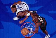 NBA老照片-全明星闪耀50周年控卫之争便士PK手套