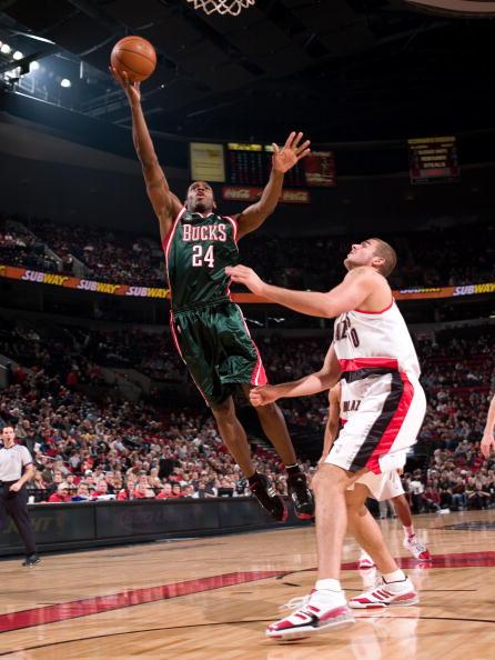 图文-[NBA]雄鹿113-117开拓者梅森弹跳出色