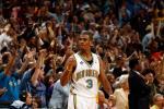 图文-[NBA]小牛94-99黄蜂保罗挥拳球迷欢呼