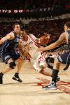 图文-[NBA]爵士69-95火箭麦蒂突破十分坚决