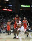 图文-[NBA常规赛]勇士vs火箭勇士队加强攻势