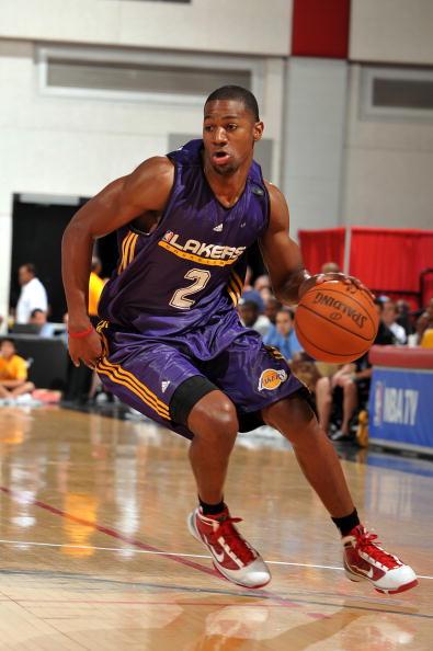 图文-2010年NBA夏季联赛11日赛事斯特罗贝里