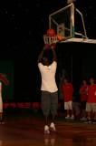 投篮很轻松