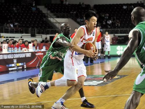 图文-[世锦赛]中国83-73科特迪瓦孙悦进攻
