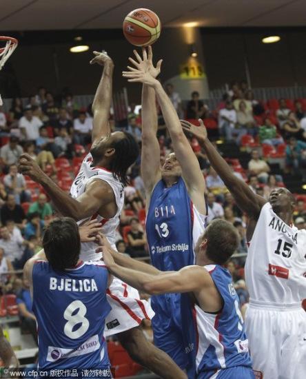 图文-[世锦赛]安哥拉44-94塞尔维亚一寸长一寸强