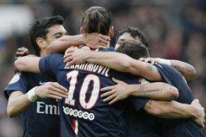 法甲-伊布助攻巴黎4-2胜里昂2-0夺6连胜领跑