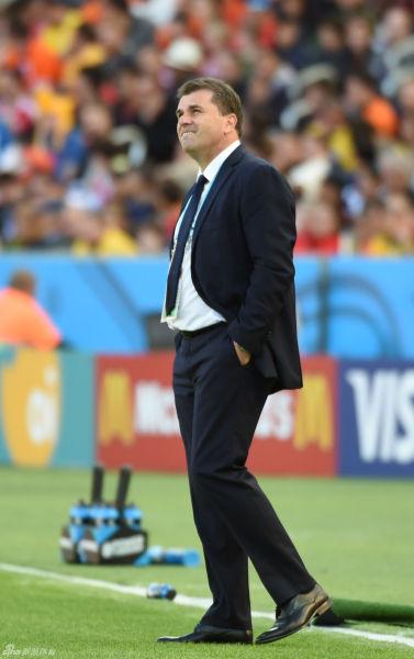澳大利亚主帅波斯特科格鲁表示国足最大优势在于主教练佩兰