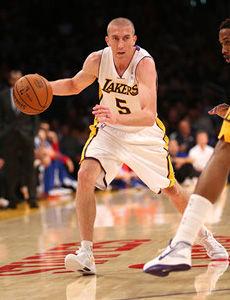 16助攻!湖人22年第一号人手握NBA神纪录的大师