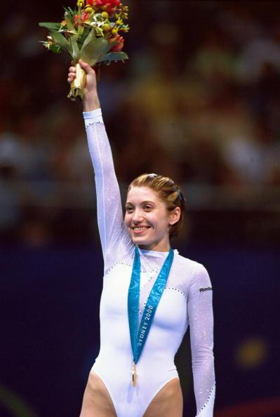 资料图片-蹦床运动最伟大的运动员卡拉瓦耶娃(1)