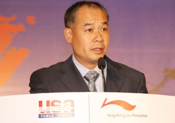 中美乒乓再创佳话李宁签约美国家乒乓球队(组图)