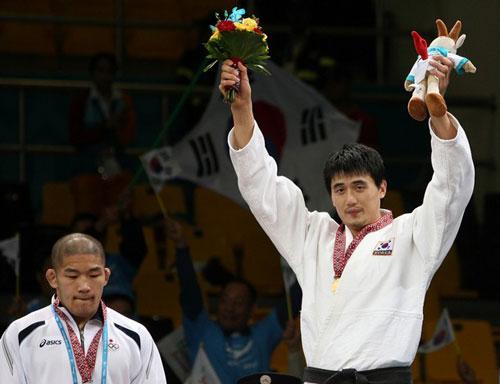 资料图-北京奥运会柔道100公斤以上级选手 石井慧