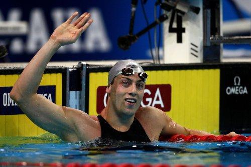 图文-美国奥运游泳选拔赛第5日韦伯-加勒欢庆