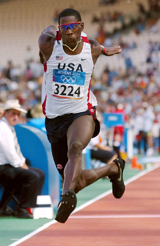 资料图片-美国男子田径运动员肯塔-贝尔