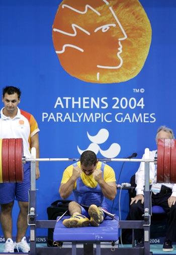 2008年北京残奥会项目介绍—举重