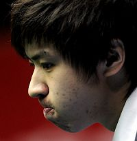 中国赛丁俊晖首轮出局四小时鏖战负20岁超新星