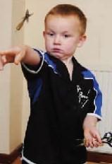 扳倒网站神童5岁视频飞镖世界走红英国冠军(mastersv网站杖0514图片