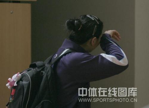女排决赛首战恰逢两队员生日王茜奚希心境两重天