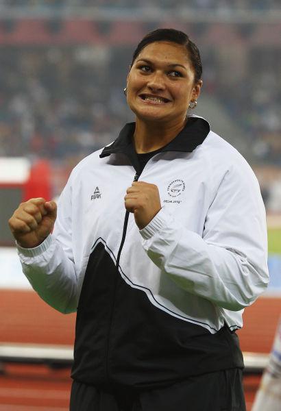 瓦莱丽-亚当斯(新西兰铅球选手,2008年奥林匹克运动会金牌得主,新西兰伦敦奥运会夺冠机会最大)