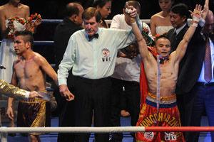 熊朝忠获WBC金腰带加冕职业拳王成中国拳坛第1人
