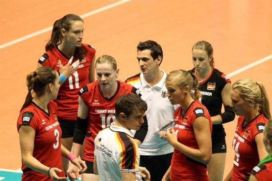 德国女排负于比利时队 主帅与队员迷茫