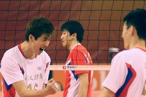 男排联赛半决赛山东3-0北京占先机上海3-1胜八一