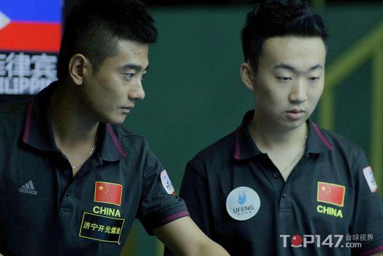 王灿(右)和党金虎