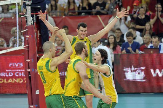 澳大利亚男排庆祝