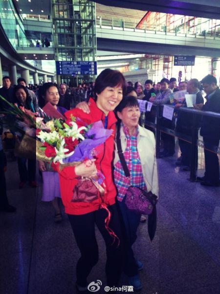 51岁的阿姨和54岁的郎平