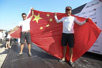 沃尔沃帆船赛中国船队续写历史东风队勇获第二名